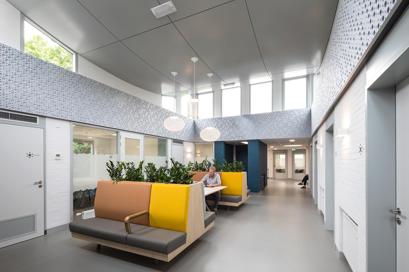 Medisch-Centrum-middenruimte-2